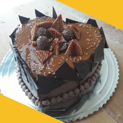 čokoládovo karamelová torta